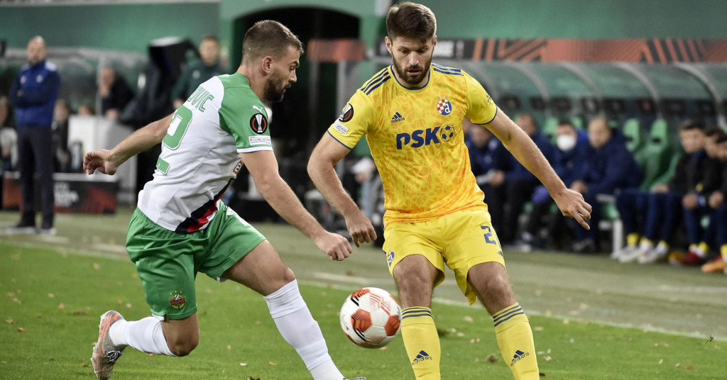 Rapid Vienna Beat Dinamo 2-1 In Messy Europa League Meeting
